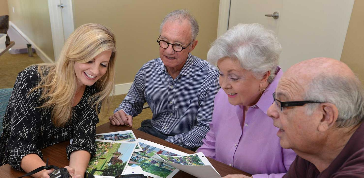 Abe's Garden employee shares photos with residents